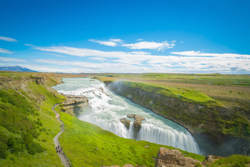 http://vyctravel.com/libs/upload/ckfinder/images/Chau%20Au/Bac_Au/Shutterstock/Th%C3%A1c%20v%C3%A0ng%20Gullfoss.jpg