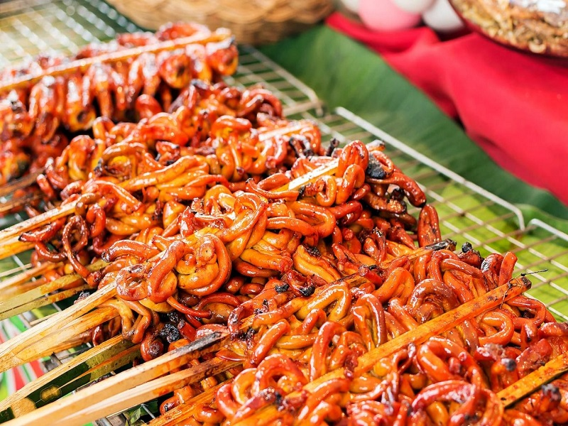 long nuong isaw